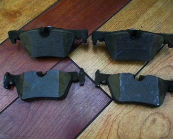 BMW - 3 Series (F31) Genuine Brake Pad/Rear Only